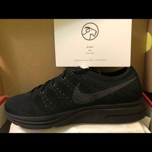 Nike shoes size 9/5